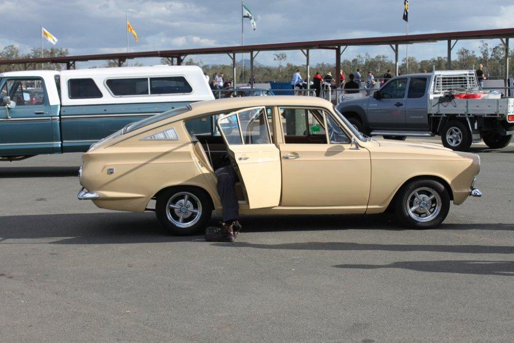 CortinaFastback8.thumb.jpg.86106afa0c4f5f7ef6aae0c889973aba.jpg