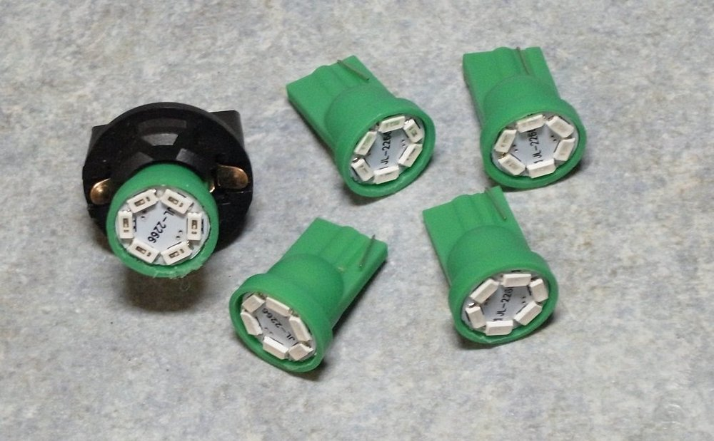 Bulbs1b.thumb.jpg.a899b0020da5a0e97d812e5a11c11daa.jpg