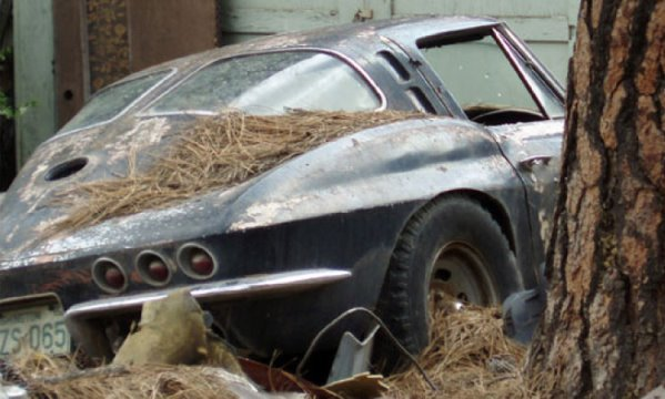 1963-Corvette-abandoned.jpg.d08a1b13469b3677e17b0ade7c09961a.jpg