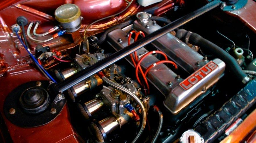 BrownTwincam18kpounds2015e.jpg.0e66bb356e26a07daad0bc31d77ab749.jpg
