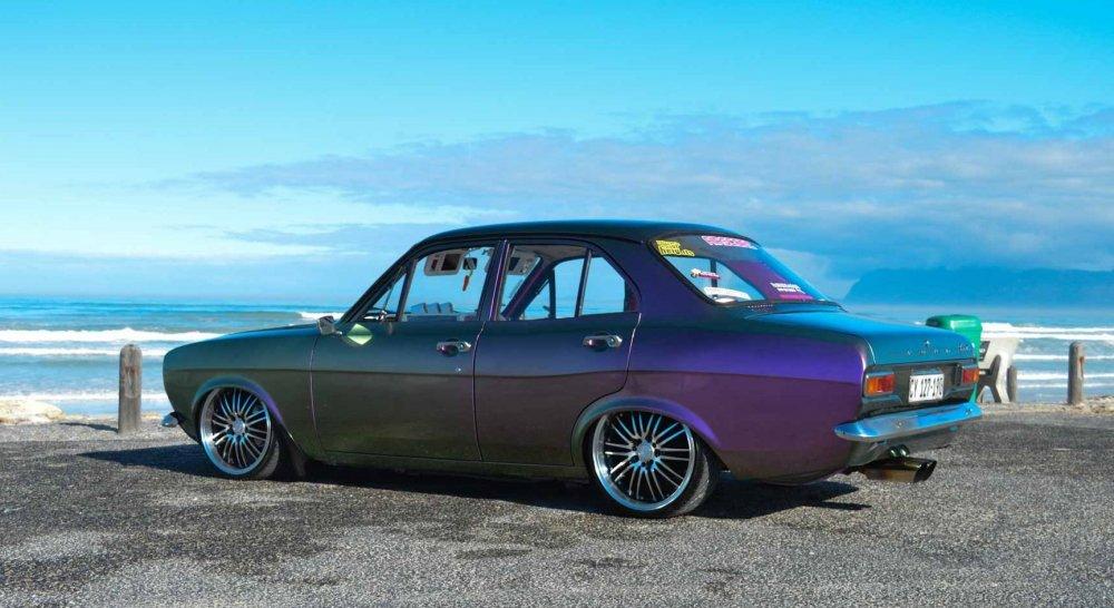 Purple4door4.thumb.jpg.54b07516e6906dc7312175797b191ecf.jpg