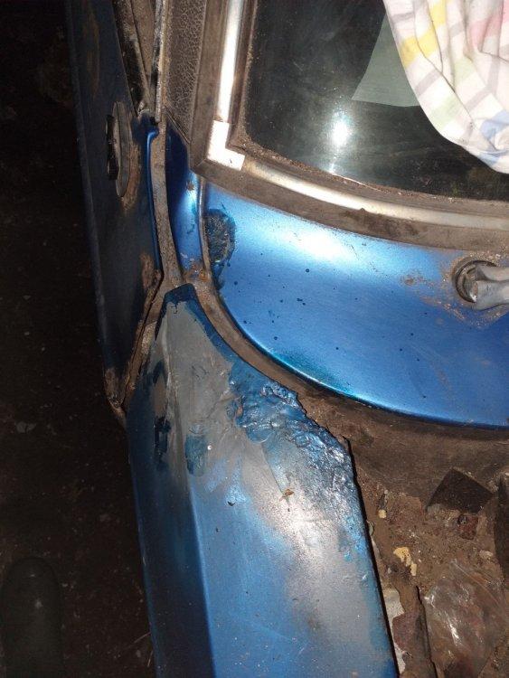 bluePaint1.thumb.jpg.93b5c6b906cf00691075dbe658a0ea25.jpg