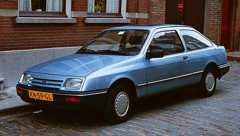 Ford Sierra 3 Dr 1983.jpg