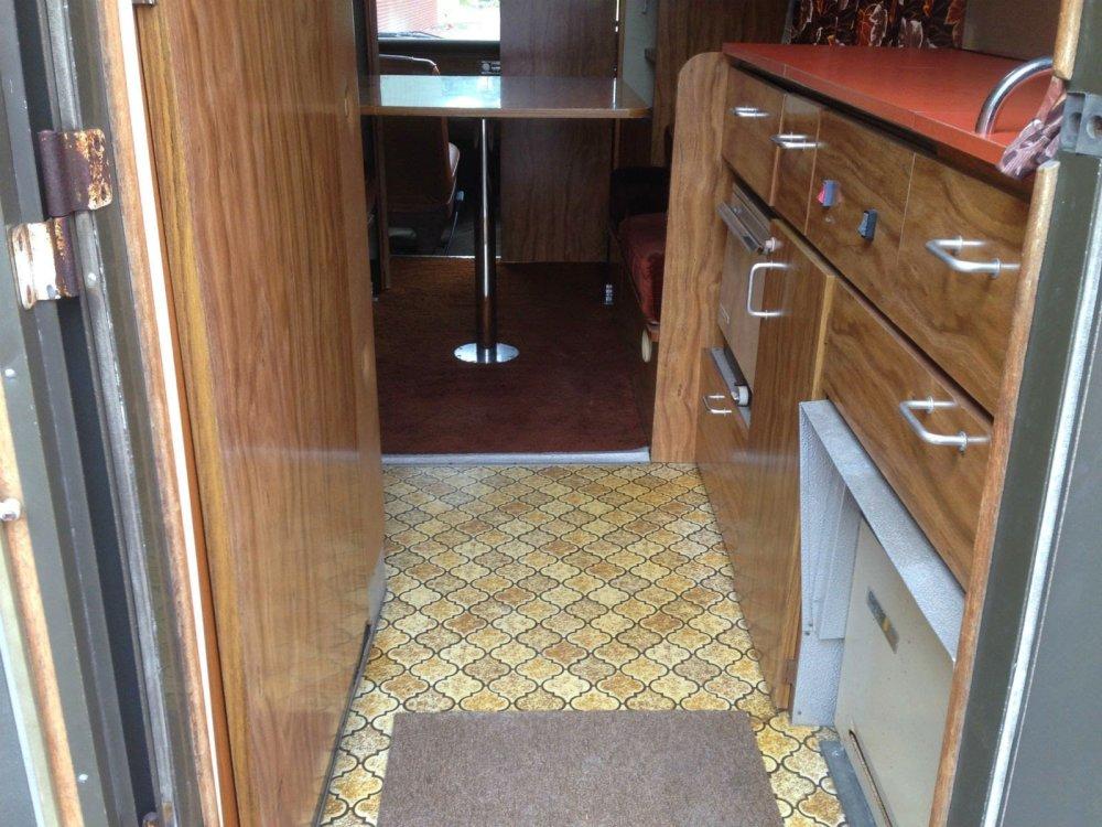 1977-Ford-Transit-MK1-Motorhome-interior.thumb.JPG.3ddb289e7d1a53433b882ee7883fd757.JPG